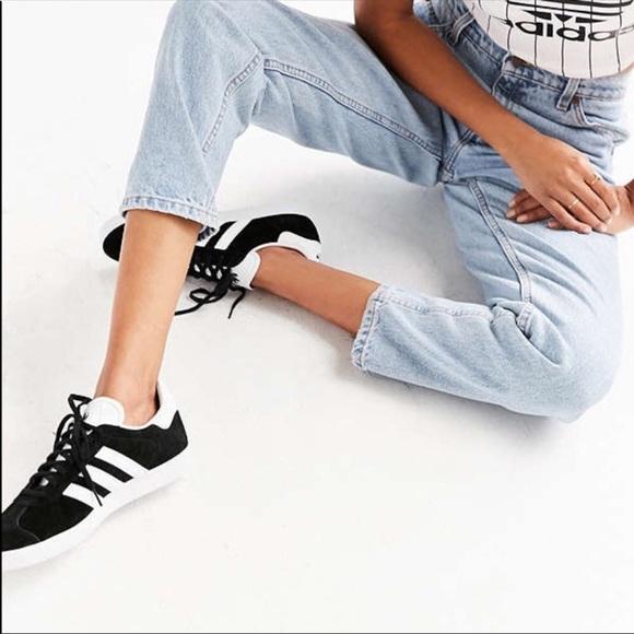 Adidas Gazelle Women's sz 8.5- Black/White